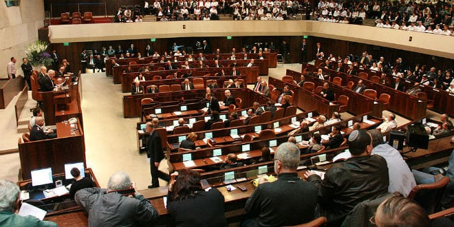 An Arab MK was ejected from a meeting at the Knesset for threatening physical violence on a Christian MK. (Photo: Itzik Edri/ Wiki Commons)
