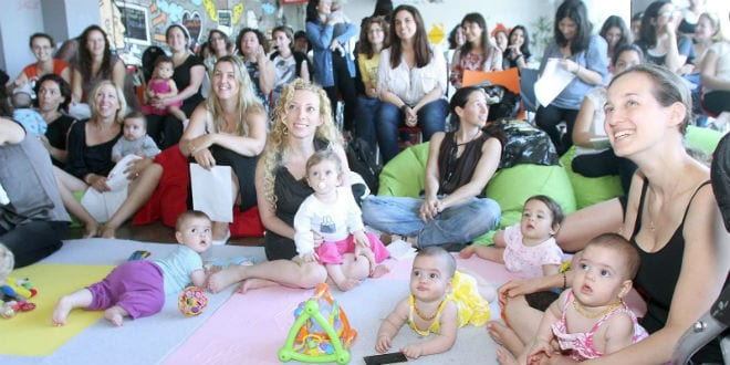 Participants brainstorming at the Campus for Moms event at Google Israel. (Photo: Google)