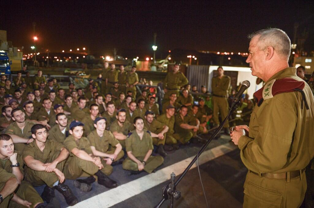 IDF IDF Chief of Staff Lt. Gen. Benny Gantz speaking to soldiers who were part of Operation Full Disclosure. (Photo: @LTCPeterLerner/ Twitter)