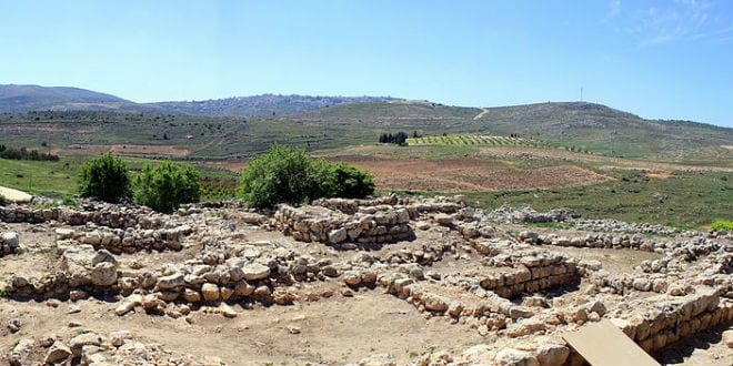 Excavations at the Biblical Tel Shiloh. (Photo: Wikimedia Commons)
