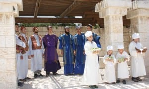 Jewish priests and children wore authentic Biblical garments to bring the offering. (Adam Propp)